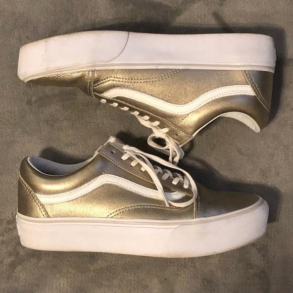 49c11e7ac5fe Vans Old Skool Platform Gray Gold White. M 5bd7d5b8de6f623c35a8517e